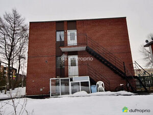 Luxury Triplex for Sale, 15 mins to Downtown Montreal
