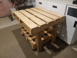 Reclaimed wood, pallet table, work bench