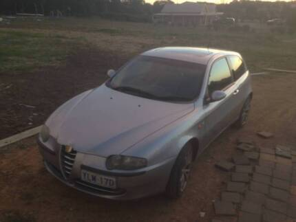 Silver 2004 Alfa Romeo 147 Selespeed hatch Auto / Manual Melba Belconnen Area Preview