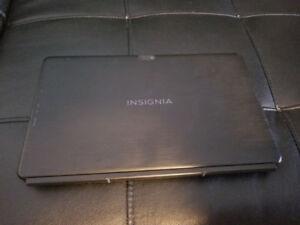 Tablette Insignia 11.6 pouces avec clavier
