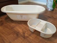 Baby bath with top and tail bowl