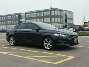 2013 Ford Fusion SE 5.3L/100kms 6 Speed Manual!