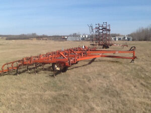 CASE WCC- 39ft DEEP TILLAGE WITH SPIKES AND HARROWS