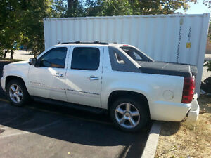 2009 Chevrolet Avalanche LTZ leather Pickup Truck