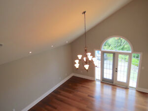 Beautiful 2 Level Condo in Country Setting in Heart of Bedford