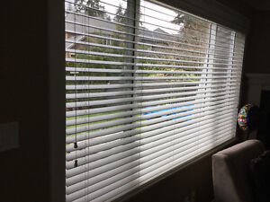 High quality wood blinds.  6 blinds