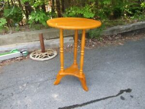 ROUND SIDE TABLE - HONEY STAIN - REDUCED!!!!