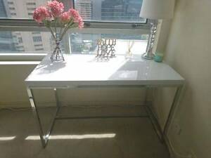 Freedom Tate High Gloss White Desk North Sydney North Sydney Area Preview