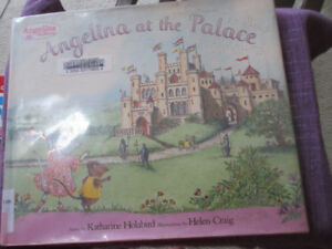 Angelina Ballerina at the Palace - Fun story about little mice