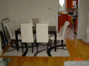 Brand New Dinning Room Table and Chairs Wood white chairs