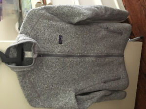 Women's Patagonia better sweater SMALL