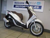 PIAGGIO MEDLEY 125 ABS MINOR MARKS LOW MILES CAT N 67 PLATE BARGAIN WITH V5