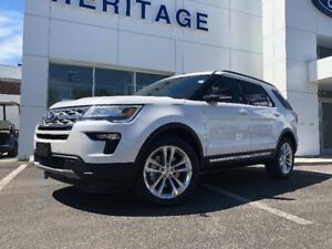 2018 Ford Explorer XLTTWIN PANEL MOON ROOF ! 4WD ! BLIND SPOT IN