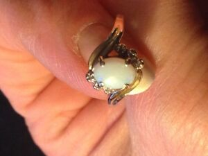 OPAL AND 6 DIAMOND RING