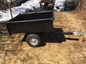 Remorque en métal pour tracteur à jardin ou VTT