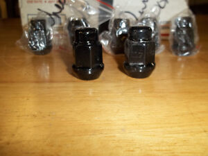 Dodge Durango wheel nuts Black chrome set 25