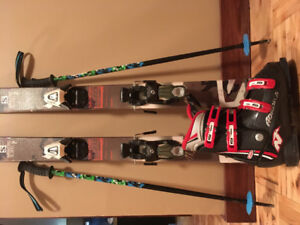 Kids downhill skis/boots/poles