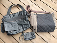 """Selling Gently Used 15"""" Laptop Bags"""