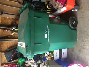Recycling/garbage  tote