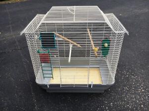 Cage pour oiseau avec accessoires