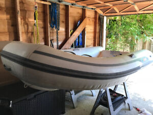 AB Inflatable Boat - 9VL