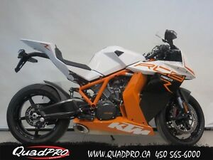 2014 KTM RC8 R 63,32$/SEMAINE