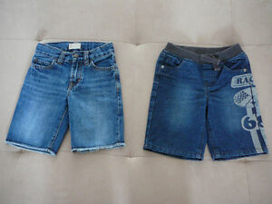"2 Shorts en denim ""GAP"" (taille 3)"