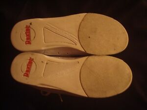 5 Pin bowling Shoes only - balls and bags are sold Sarnia Sarnia Area image 2