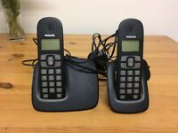 Philips cordless phone with 2 handsets