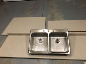 Two year old counter top excellent condition