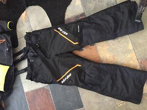 Ski-Doo manteau et deux salopettes XL HOMME très propre