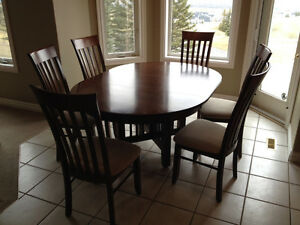 Canadel Solid Birch Mission Style Table And Chairs