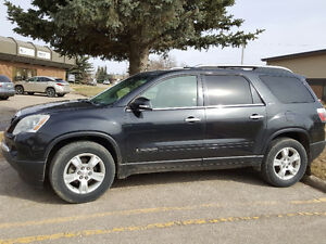 2008 GMC Acadia SLT All wheel drive, Heated Seats & Remote Star