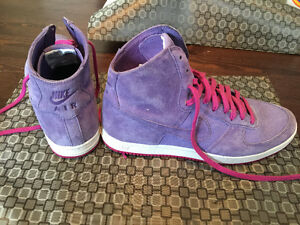PURPLE NIKE SNEAKERS