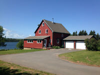 REDUCED!!!! 3 1/2 Acre Waterfront Home Prince Edward Island!!