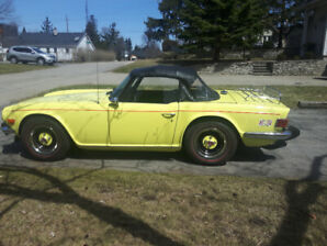 1975 Triumph TR6 Professionally Restored and Painted Soft Top