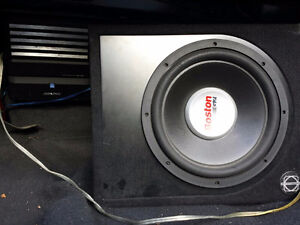 Mono Amplifier and Subwoofer 400$ Negociable
