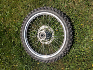 Yz250f front rim brand new tire
