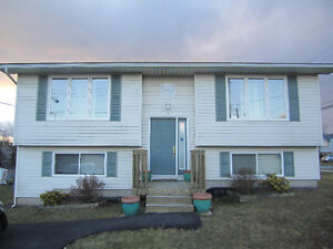 HOUSE FOR SALE IN COLE HARBOUR