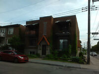4 ½ - Cession de bail –AHUNTSIC - 700$ - Disponible 1Sept 2015 -