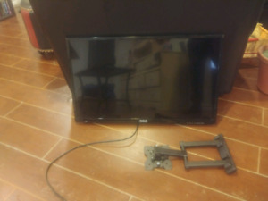 Rca 32 inch tv with remote and wall mount