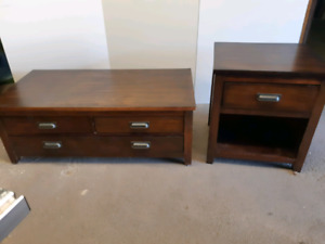 Coffee table with end table ( delivery available)