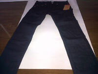 BRAND NEW AUTHENTIC MEN'S TRUE RELIGION BLUE JEANS WITH TAGS