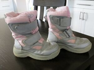 Size 12 Cougar Girls Winter Boots