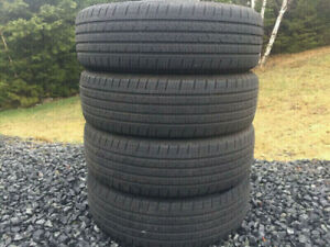 Four Continental 215/70R16 Summer Tires