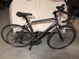 JAMIS VENTURA SPORT ROAD BIKE BRAND NEW, NOT USED!