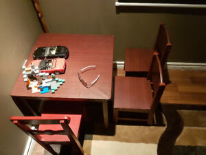 CHILDS TABLE WITH 3 CHAIRS