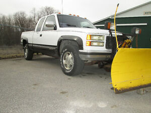 1991 GMC 4x4  & MYERS PLOW   BLOWN CLUTCH  MOTOR RUNS PERFECT