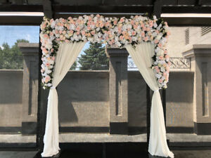 *Affordable Flower Wall Rentals*