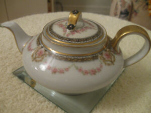 OLD VINTAGE DAINTY THEODORE HAVILAND LIMOGES AFTERNOON TEA POT